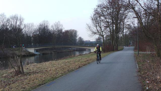 Schnelle Verbindung zwischen Wilhelmsburg und Veddel © Reidl