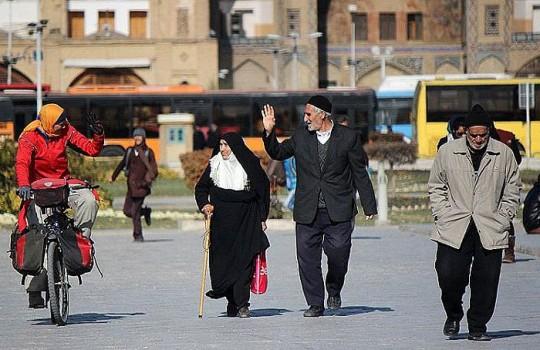 Die Radfahrerin in Esfahan © Heike Pirngruber