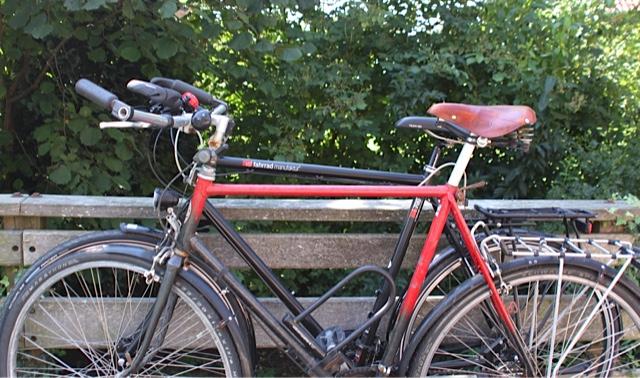 Das alte Steinberg vor dem neuen VSF-Rad. Das alte Rad war bequemer © Reidl
