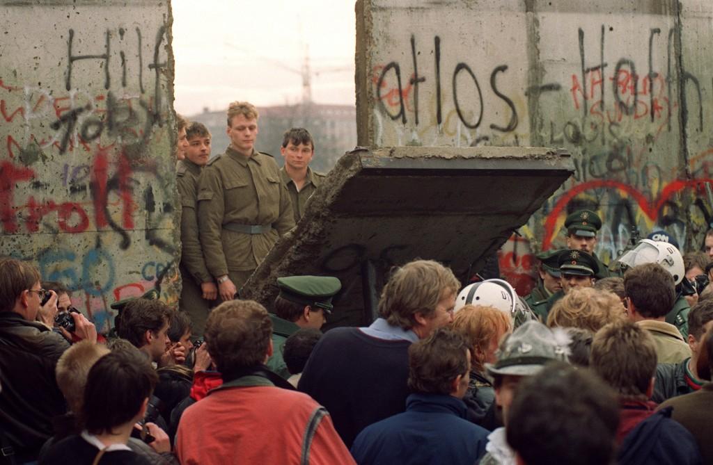 November 1989 in Berlin. (Gerard Malie/AFP/Getty Images)