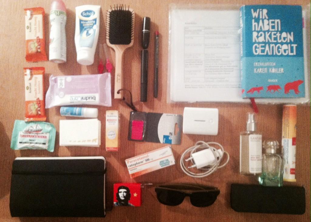 """1) """"Ich packe meine Handtasche"""""""