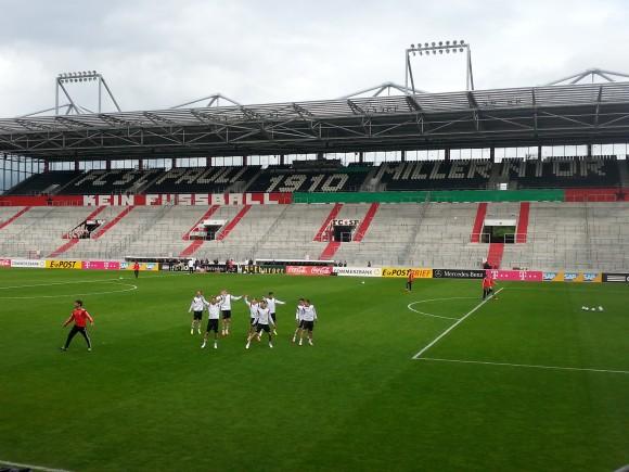 """""""Kein Fussball"""" - DFB verhängt Millerntor - Foto: Jan Weckwerth, mit frdl. Genehmigung"""