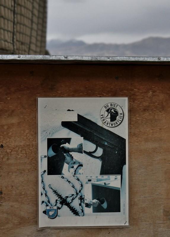 """Motto der Bundeswehr in Afghanistan: """"Du bist veranwortlich."""" Wär man jetzt so nicht draufgekommen."""