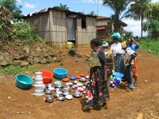 Straßenmarkt in Kamituga