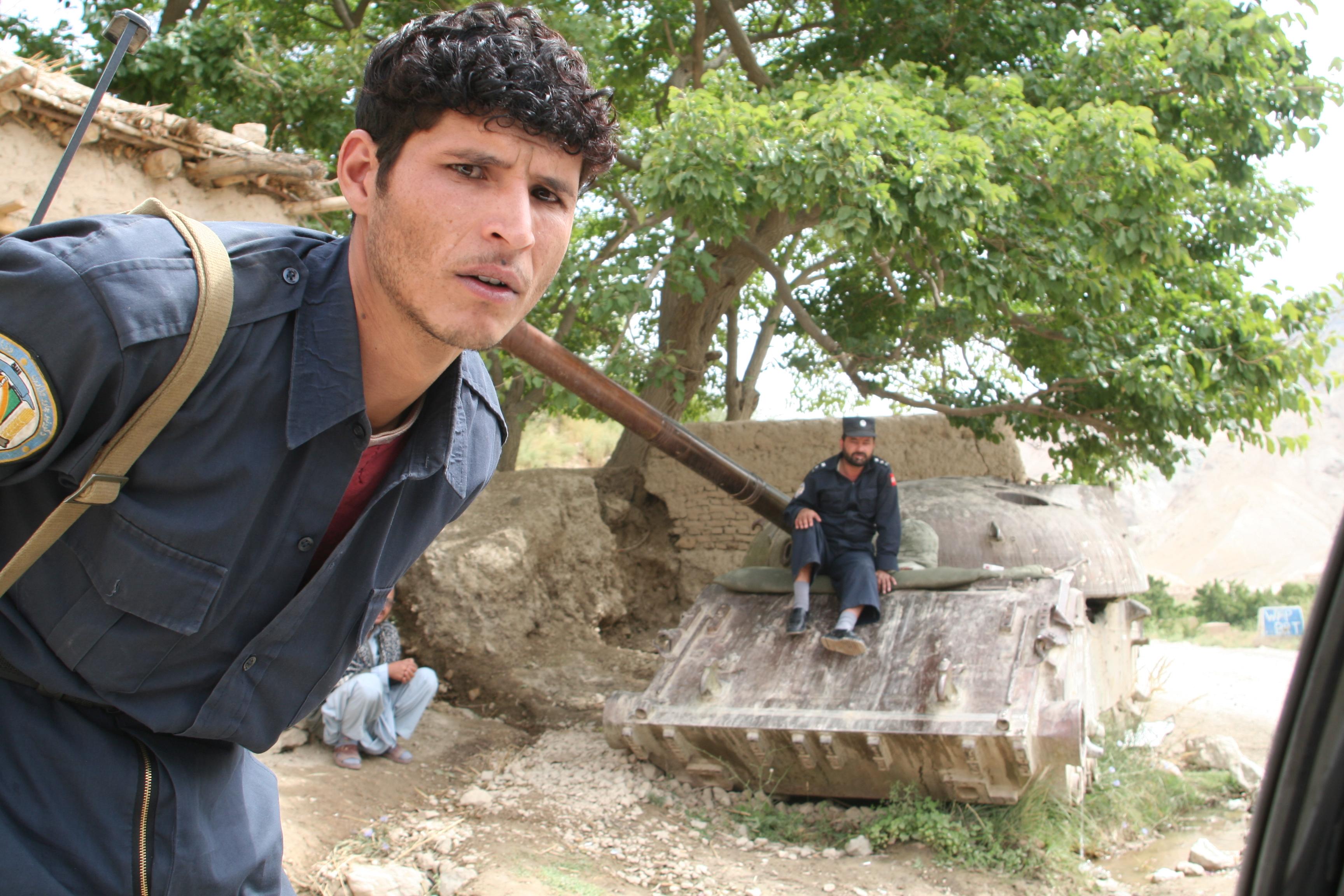 Soldat auf dem Weg nach Bamiyan