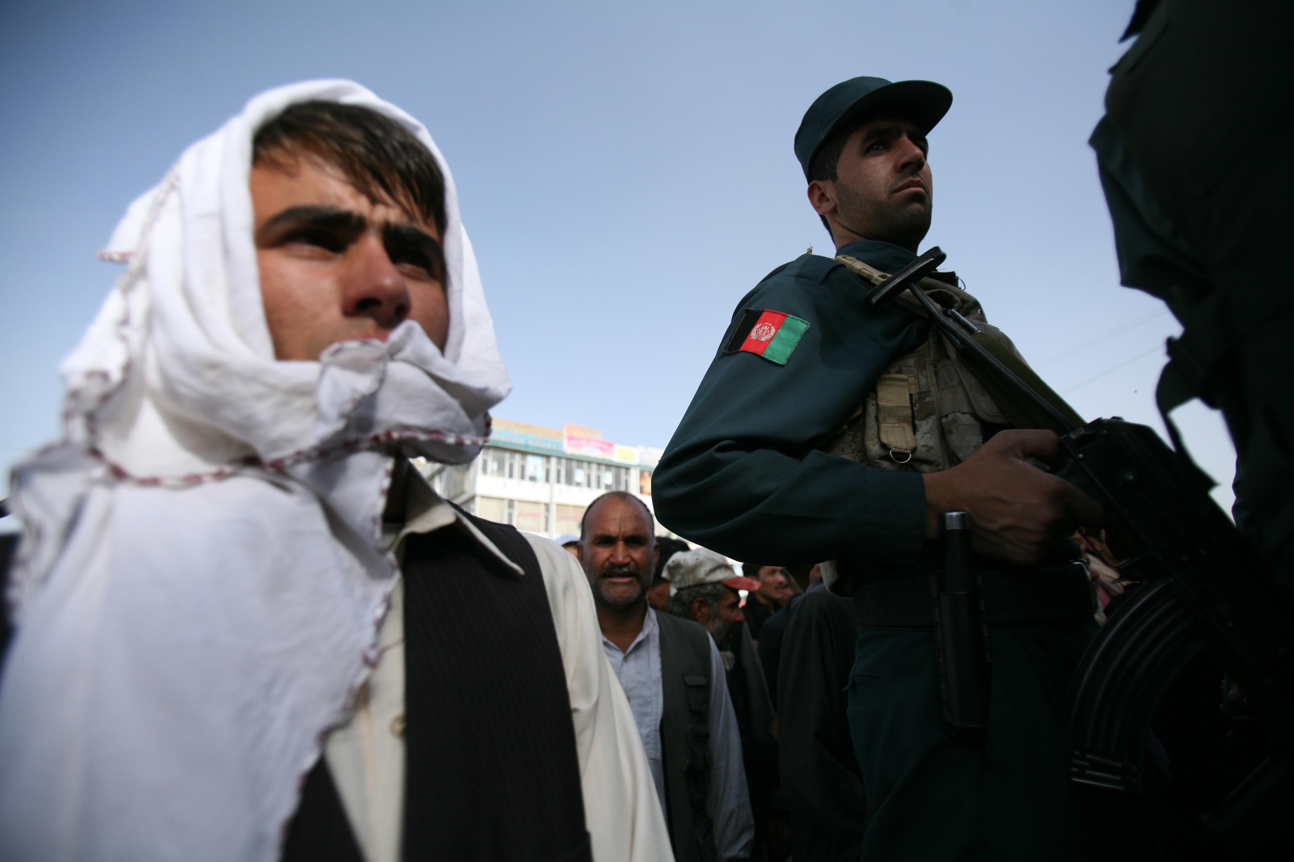 Wähler in Kabul