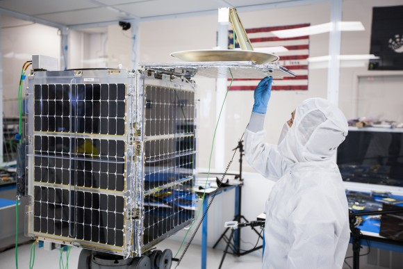 Mikrosatellit SkySat-1 der Firma Skybox, der Livevideos aus dem All liefert. Quelle: Skybox