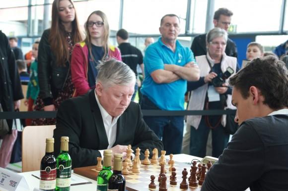 Anatoli Karpov gegen Felix Graf beim Bundesligawochenende in Eppingen