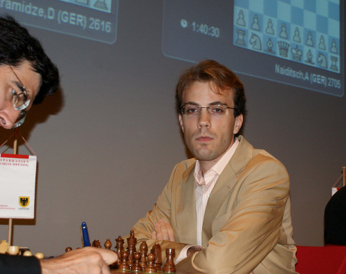 Nicht-Profi Meier besiegt den ehemaligen Weltmeister Wladimir Kramnik