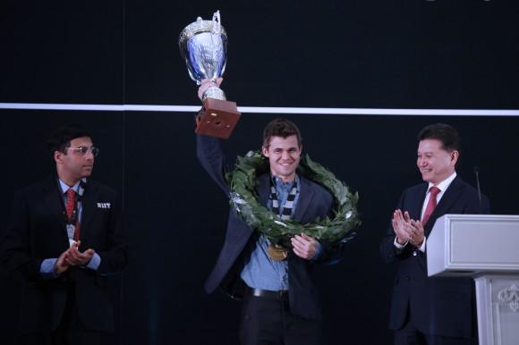 Der neue und alte Schachweltmeister Magnus Carlsen