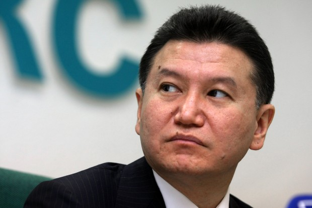 Kirsan Iljumschinow: Der Liebling der Diktatoren