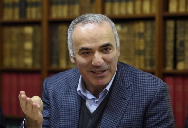 Garri Kasparow spielt wieder