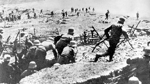 Frontenkrieg mit Grabenkämpfen im Ersten Weltkrieg