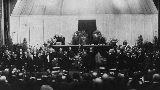 Vereidigung Friedrich Eberts in der Weimarer Republik
