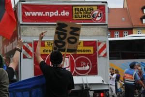 NPD-Abfahrt nach Gera, Foto Kai Budler