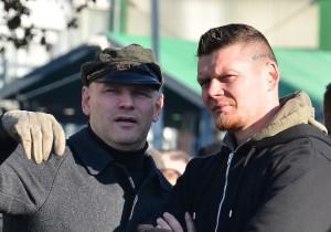 FNS-Führungsaktivist Matthias Fischer (rechts) neben Thomas Wulff © TM