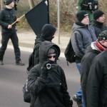 """Sogenannte """"Anti-Antifa-Fotografen"""" filmten Pressevertreter und Gegendemonstranten ab © Jesko Wrede"""