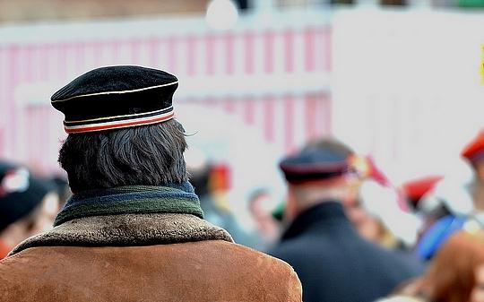 Burschenschafter mit schwarz-weiß-rot als Verbindungsfarbe © (Symbolbild) Timo Müller