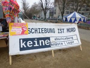 Vom Protestcamp am Oranienplatz aus startet die große Demonstration © Caro Lobig