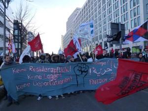 Seit einem Jahr machen die Flüchtlinge des 'refugee protest' mit Kundgebungen und Protesten auf ihre Forderungen aufmerksam © Caro Lobig