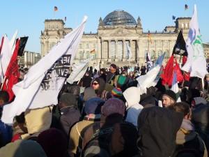 Am 23.März 2013 demonstrierten die Flüchtlinge gemeinsam mit zweitausend Unterstützern durch ganz Berlin © Lobig