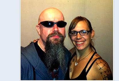 Neonazirocker Michael Regener und FNS- Aktivistin Vanessa Becker | Screenshot: a.i.d.a. Archiv
