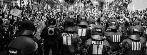 Gegenproteste am 1. Mai 2013 in Berlin, Foto: Publikative.org
