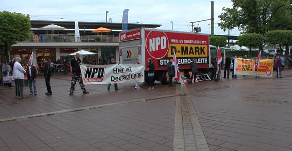 NPD-Kundgebung auf dem Siegburger Europapaltz am 6.05.2014
