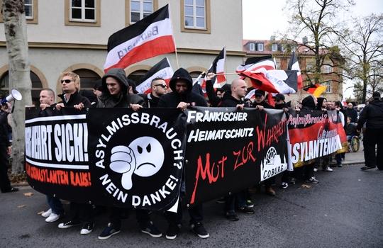 Neonazis marschierten durch Bamberg | Foto: Timo Müller