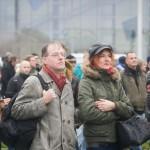 Die bayerischen NPD-Funktionäre Karl Richter und Sigrid Schüssler warten auf Elsässer © Theo Schneider