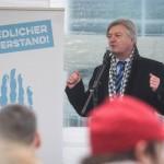 """Gegen """"Masseneinwanderung"""" und die USA: Neurechter Vordenker Jürgen Elsässer © Theo Schneider"""