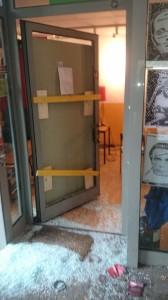 Die zerstörte Eingangstür des Balthasar, Foto: Asta Uni Bamberg