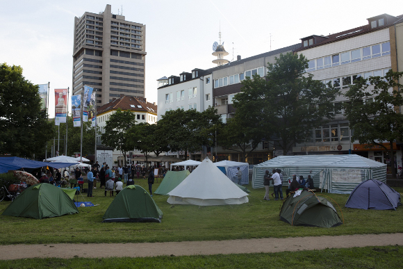 Flüchtlingscamp Hannover ©Jonas Nolden