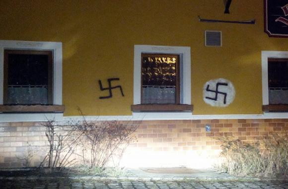 nazi-graffitis