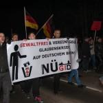 Nügida-Anhänger konnten in Nürnberg nicht ungestört marschieren. | Foto: Müller