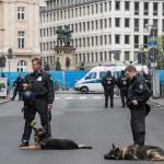 Auch Hundestaffeln sind Teil des Großaufgebots der Polizei | © Christian Martischius