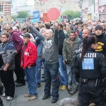 """Hooligans und """"besorgte Bürger"""" bei der AfD in Erfurt  © Kai Budler"""