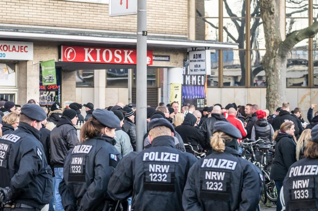 Straftaten unter den Augen der Polizei © Danny Marx