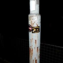 Kaufbeuren: Identitäre Sticker nach Brandanschlag ©flickr.com/fromoutback2