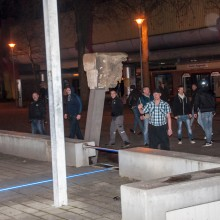 Die Gruppe Rechtsextremer, direkt nach dem Angriff