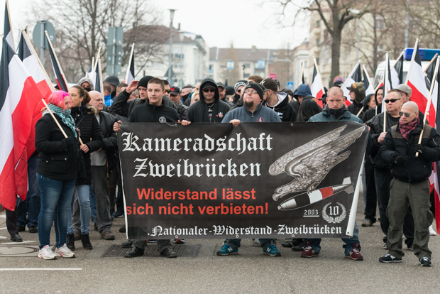 "Fronttransparent der Neonazi-Demonstration beim ""Tag der Heimattreue"" am 19.03.2016 in Bruchsal 