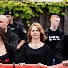 """Initiatorin von """"Franken wehrt sich"""" Monique Schober (mitte) ©JM"""