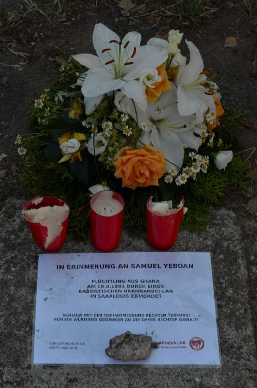 Am Tatort: Gedenken an Samuel Yeboah © Karina Akuova
