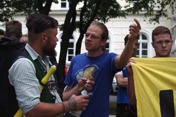 Oliver Krogloth auf Identitärer Kundgebung am 31.7.2016 in München ©S. Lipp