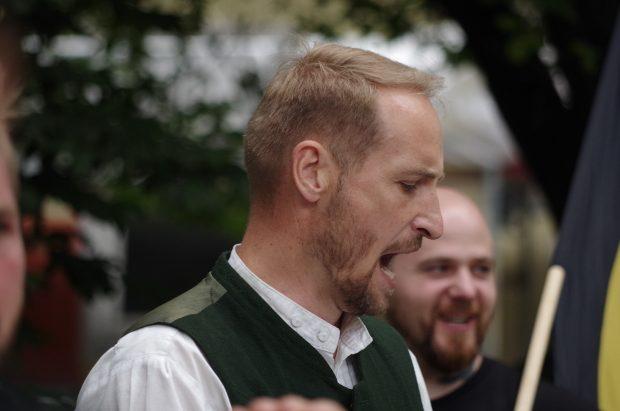 Sebastian Zeilinger auf Identitärer Kundgebung am 31.7.2016 in München ©S. Lipp