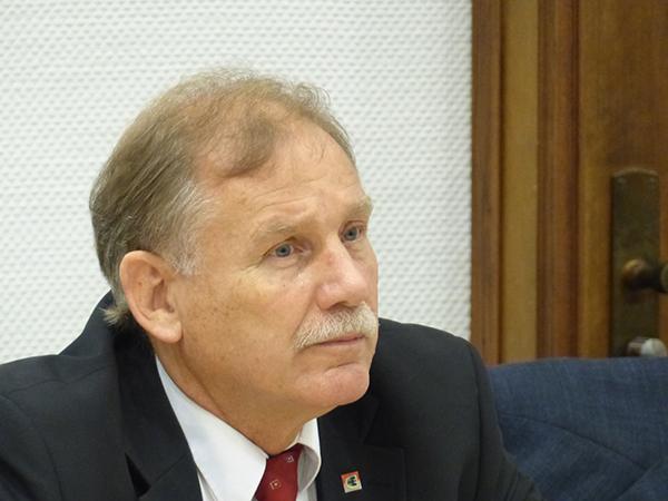 Klaus Schäfer: Vom Feuerwehr-Chef zum Holocaust-Leugner?