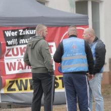 Neonazifest in Ostritz: Mit Tricks gegen die Pressefreiheit: Ordnungsdienst der Neonazis © Henrik Merker