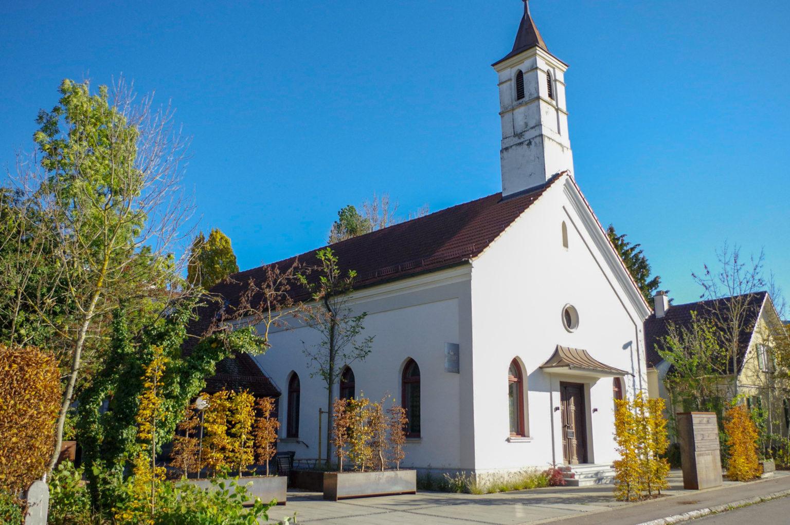 Neo-Nazis: Braune Geschäfte mit der Kirche