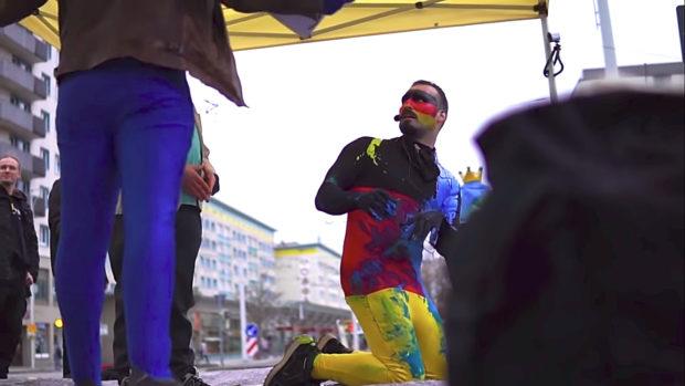 Rechtsextremismus: Kohlhas im Dezember 2018 bei einer Identitären-Aktion in Gera © Screenshot Störungsmelder