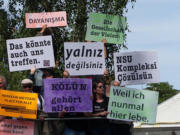 Rechtsextremismus: Aktivisten erinnern an den Anschlag von vor 15 Jahren. © Roland Kaufhold